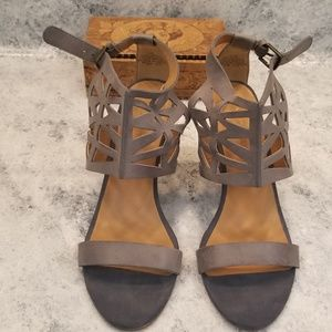 Nine West Shoes - Nine West strappy leather wedges